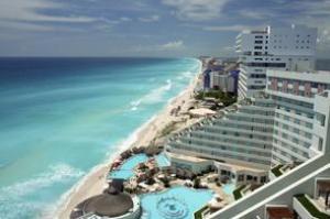 Visit Cancún, Mexico