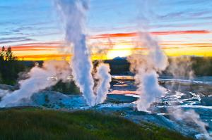 Explore Yellowstone National Park, Wyoming, Montana & Idaho (UNESCO site)