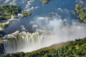 See Victoria Falls (Mosi-oa-Tunya), Zambia & Zimbabwe (UNESCO site)